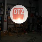 Internally lit sphere for DTZ