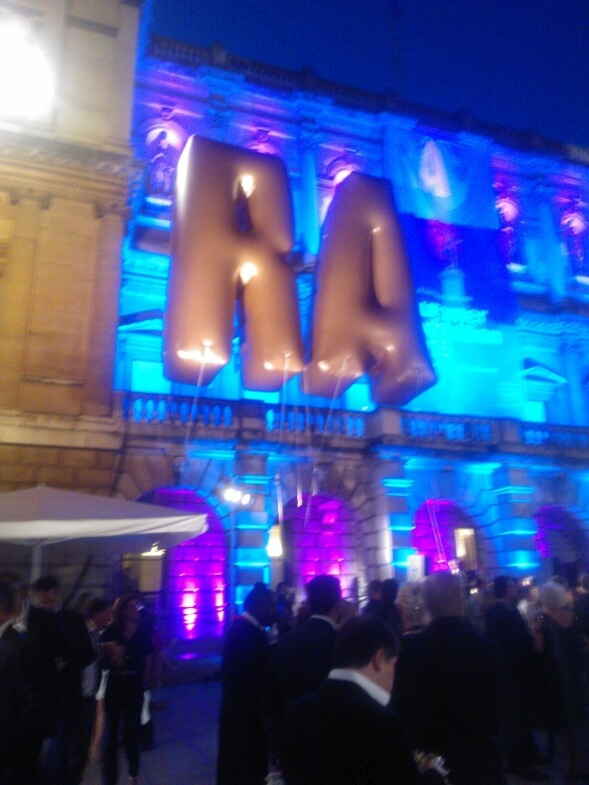 Large inflatable RA in front of Royal Academy