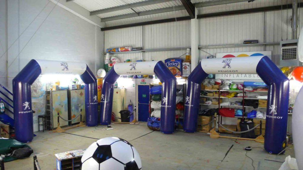 Blue & White giant inflatable arches for Peugeot