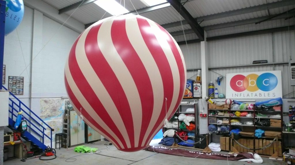 giant inflatable hot air balloon