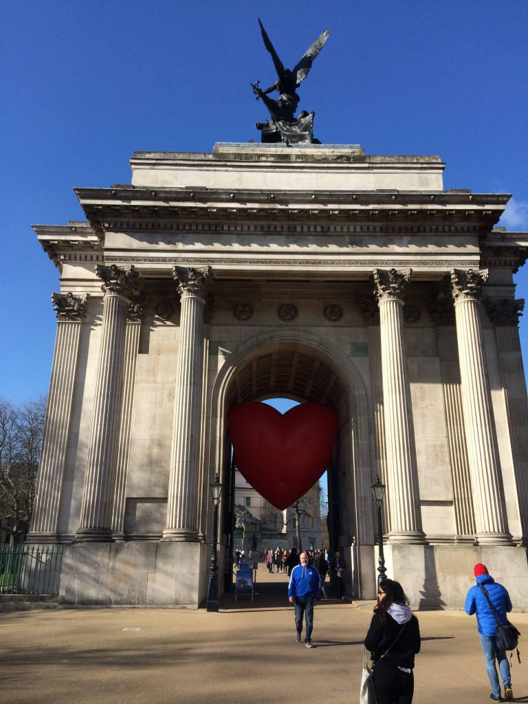 Wellington Arch with Chubby Heart